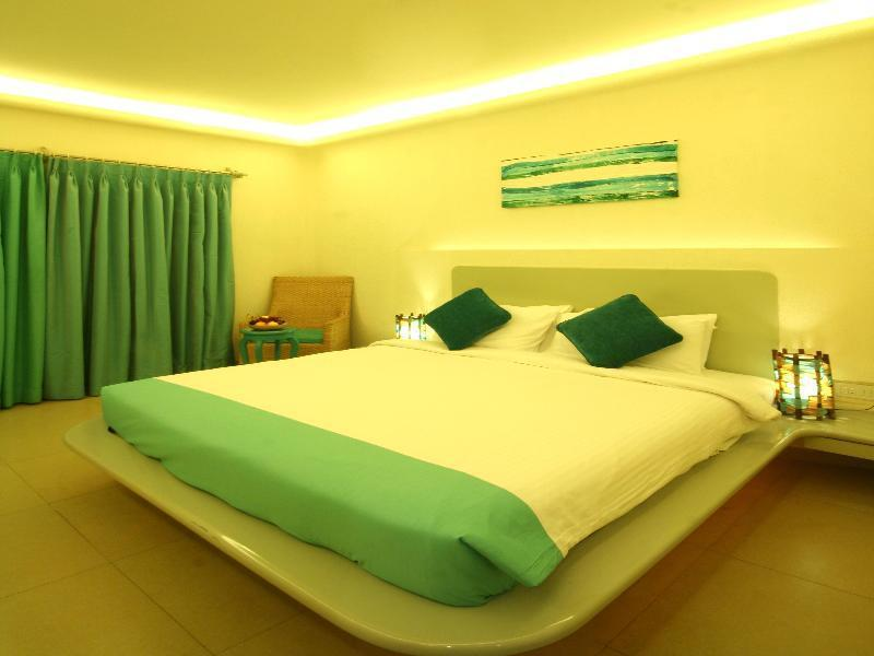 Golden Crown Hotel and Spa Goa  - Goa Tourism Hotels